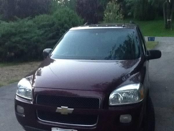 2008 Chevrolet Uplander LT Van - $5600