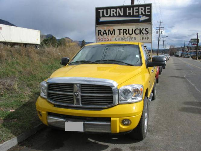 2008 dodge power ram 1500 st sxt pickup truck for sale in kamloops british columbia all cars. Black Bedroom Furniture Sets. Home Design Ideas