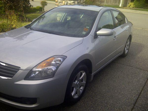 2008 nissan altima 2 5 mint cond 11k silver w. Black Bedroom Furniture Sets. Home Design Ideas