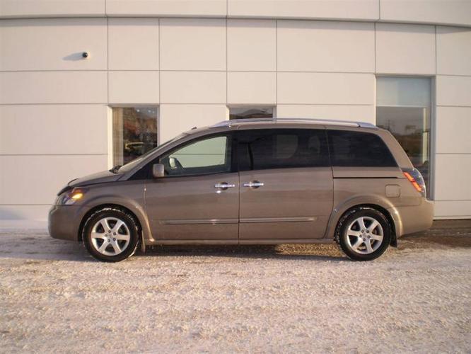 2008 Nissan Quest SE Minivan