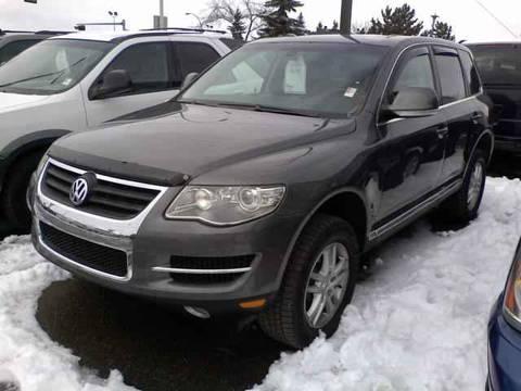 2008 Volkswagen Touareg 2 for $36,994