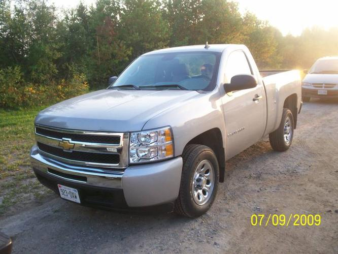 2009 chevrolet silverado 1500 ls pickup truck for sale in sault ste marie ontario all cars. Black Bedroom Furniture Sets. Home Design Ideas