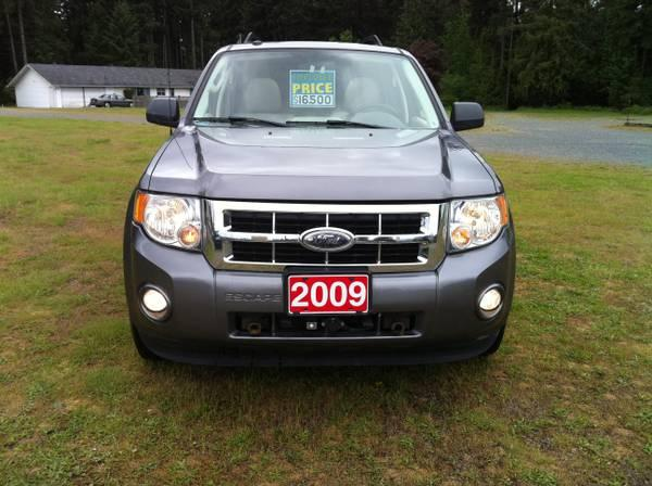 2009 Ford Escape Comes With Blue Ox Tow System - $16500