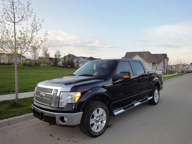 2009 Ford F-150 Lariat Pickup Truck with NAV