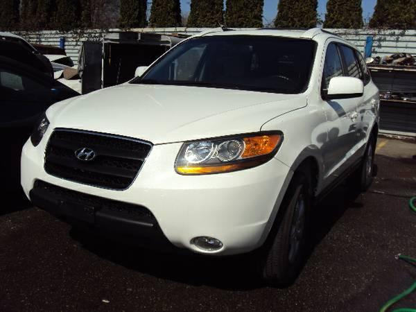 2009 Hyundai Santa Fe - $13900