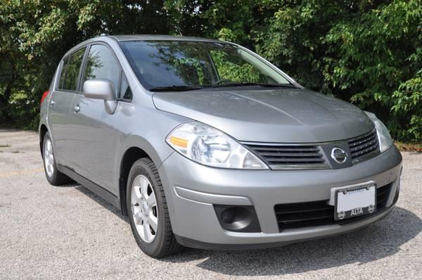 FS: 2009 Nissan Versa 1.8 SL - $9500