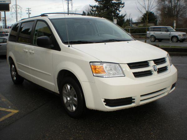 2010 dodge grand caravan stow and go 78000 km 10500 for sale in surrey british columbia. Black Bedroom Furniture Sets. Home Design Ideas