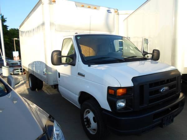 2010 Ford E350 16-Foot Cu Van, Diesel - $31995