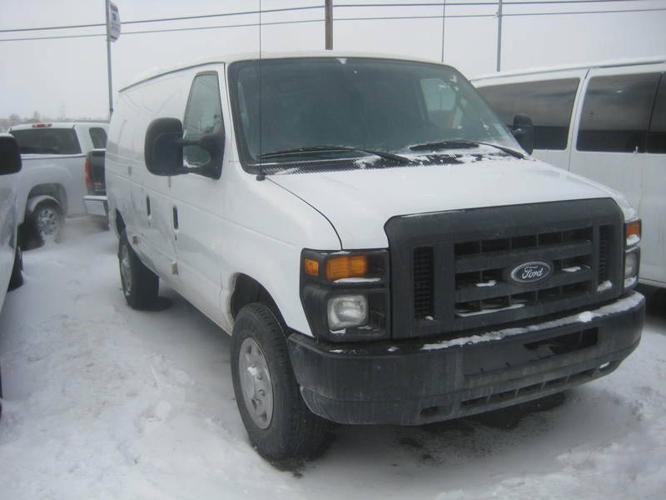 2010 Ford Econoline Van AUTO