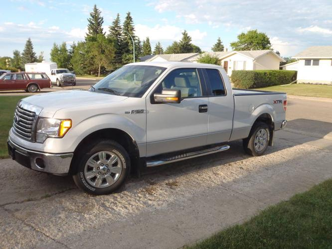 2010 ford f 150 xlt xtr pickup truck for sale in yorkton. Black Bedroom Furniture Sets. Home Design Ideas