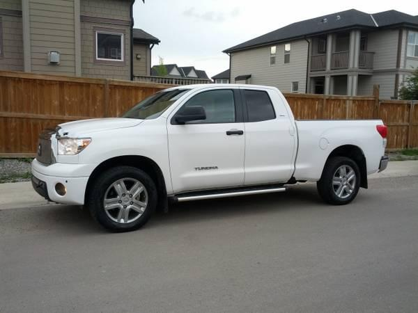 2010 toyota tundra double cab navi back up camera. Black Bedroom Furniture Sets. Home Design Ideas