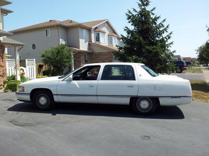 $3,000 1995 Cadillac de Ville