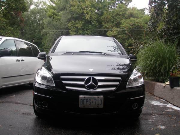 Awesome!! 2009 Mercedes B-200 - $13500