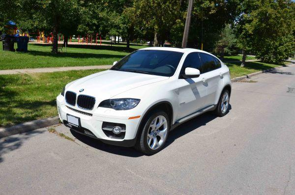 BMW X6, 2010 winter rims/tires included - $59000