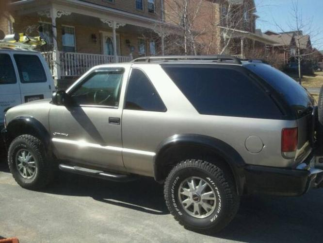 GMC Jimmy zr2 offroad for sale in Uxbridge, Ontario | All cars in