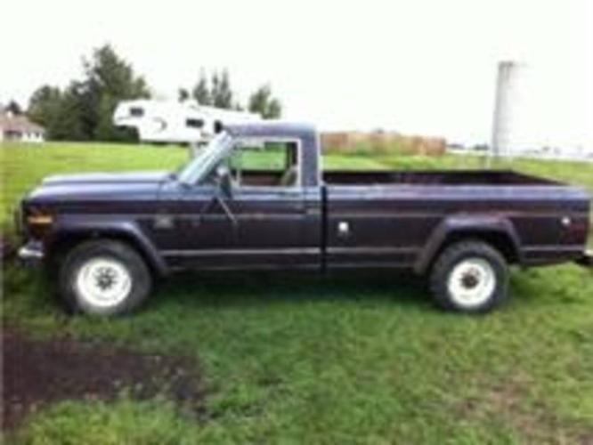 Jeep J20 3/4 Ton Pickup