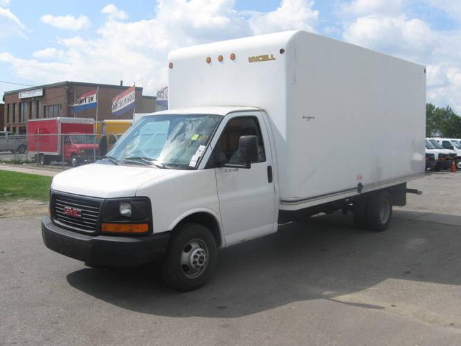 New In Inventory 2005 Gmc Savana G3500 16ft Cube Van
