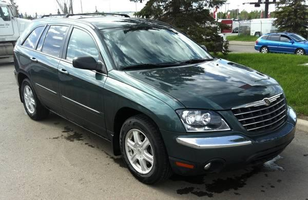 Nice 2004 Chrysler Pacifica Utility 2WD Edition,Auto,7 Seats,REAL DEAL - $5900