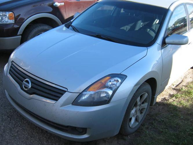 reduced 2007 nissan altima sedan for sale in fort mcmurray alberta all cars in. Black Bedroom Furniture Sets. Home Design Ideas