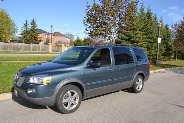 Pontiac Montana SV6 -2006 - $5200