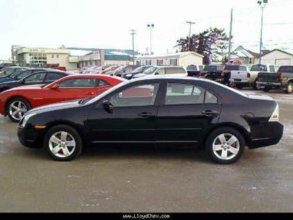 US$12,995 2007 Ford Fusion SE
