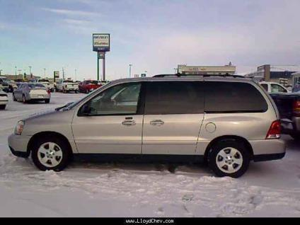 US$4,995 2004 Ford Windstar
