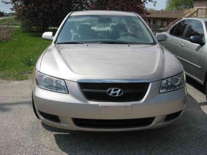 US$9,500 2006 Hyundai Sonata